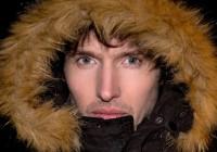 James_Blunt_Eskimo_Hood_o