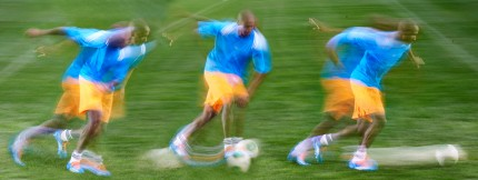 Ashley-Young-Dribbling