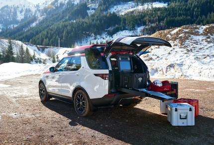 Land-Rover-Gear